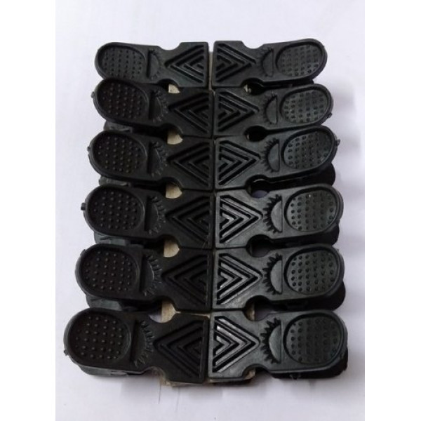 Plastic Cloth Clips  (Black Pack of 12)